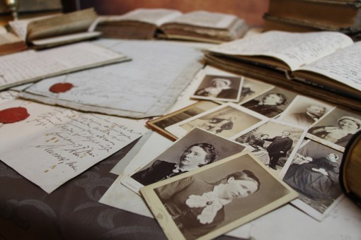 Old photos paper books 1204469